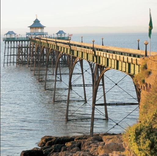 GC259 Clevedon Pier